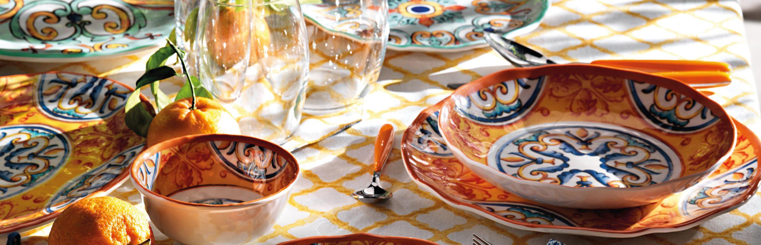 Apparecchiare Tavola In Terrazza vesti la tua tavola con i decori e il design dei piatti in