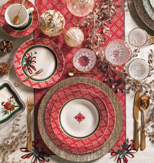 Tavola Cantico: piatti, vassoi, tazze Natale