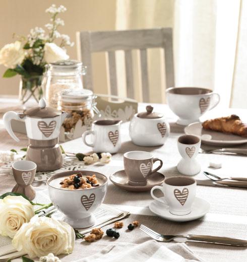 Tazzine caffè cuore, Caffettiera con cuori e Zuccheriera cuori – Batticuore di Brandani